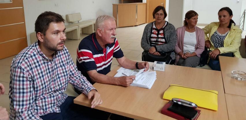 Muslim Aid i Grad Gračanica donirali 20 plastenika