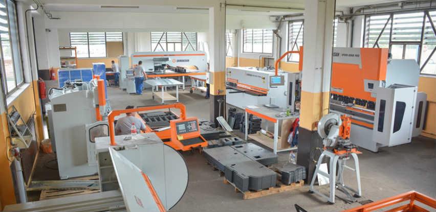 Lović & Co: Proizvodnja limenih krovova i građevinske limarije