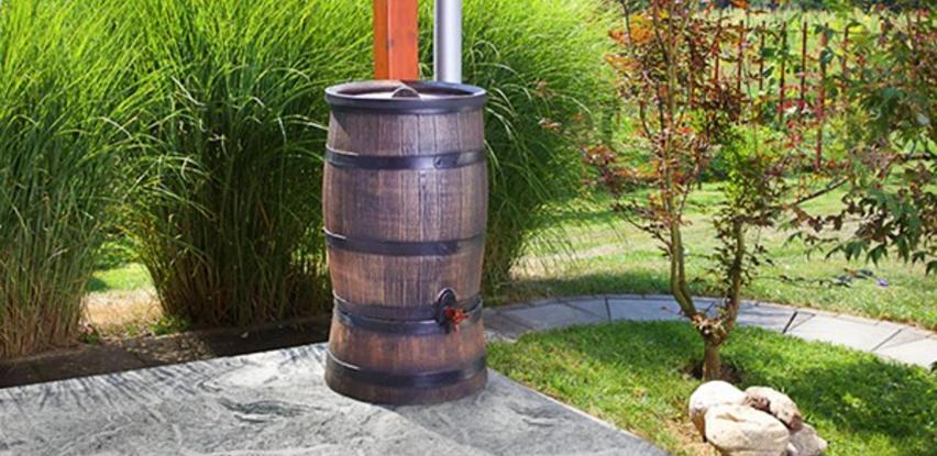 Posude za kišnicu odlična su imitacija drvenih posuda