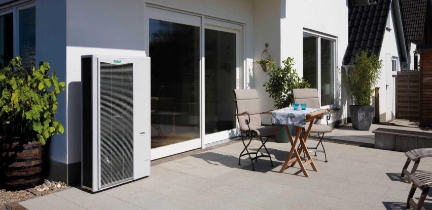 Iskoristite besplatne izvore energije sa dizalicom topline aroTHERM