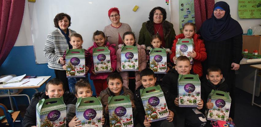 Grad Visoko i World Vision paketićima obradovali školarce