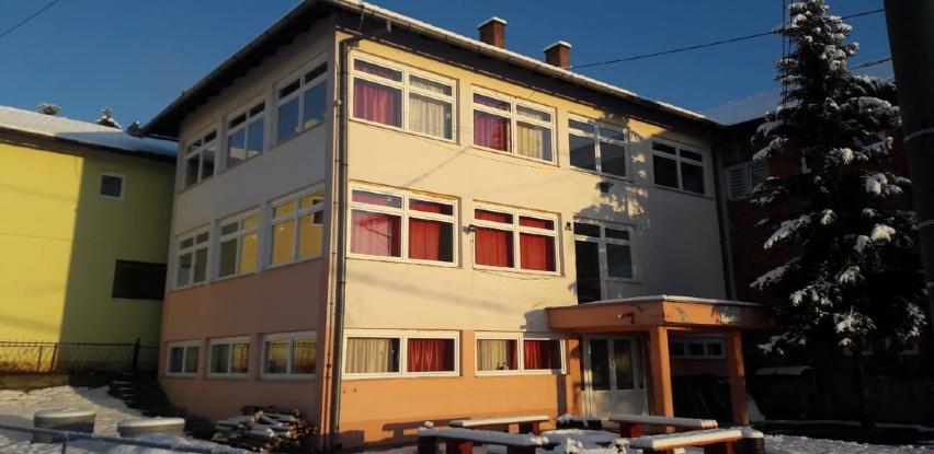 Grad Gračanica finansirala zamjenu stolarije u područnoj školi u Škahovici