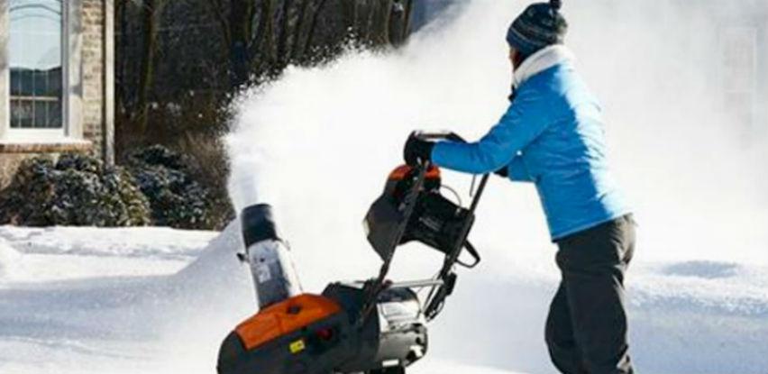 Husqvarna bacači snijega: Pomjerajte snijeg gdje vi to želite!