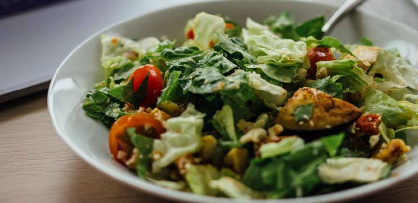 Milkos vam daruje recept za malo drugačiju salatu