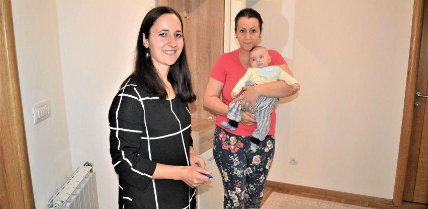 Za mame i bebe:  Nastavljena podjela paketa za porodilje