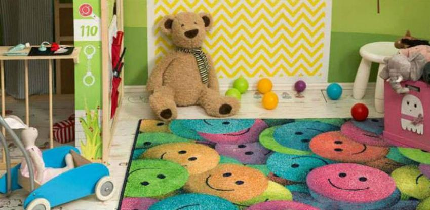 Knežević Entering poklanja Play tepih za bebe