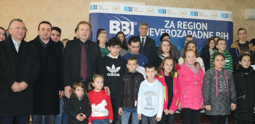 """Stotinu učenika i studenata dobilo stipendije BBI banke iz Fonda """"Saleh Kamel"""""""