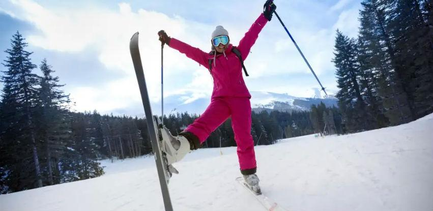 KJP ZOI84 OCS vam poklanja besplatno skijanje za 8. mart - Dan žena!