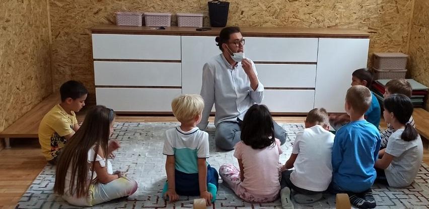Časovi muzike i pjevanja za djecu iz SOS porodica