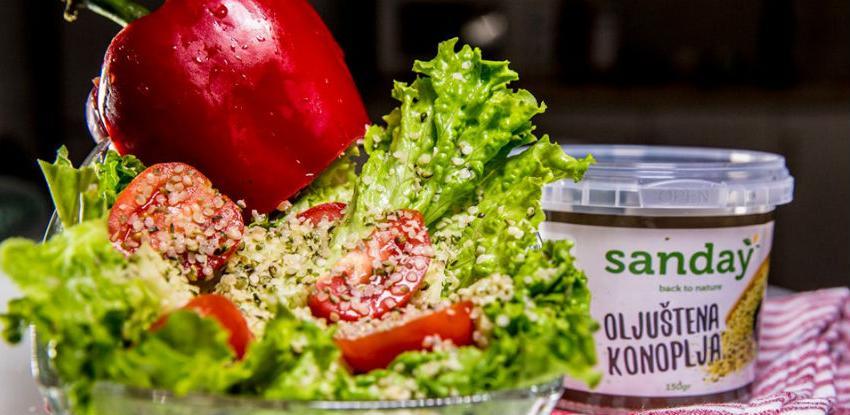 Isprobajte apsolutno nevjerojatan okus: Salata sa sjemenkama konoplje