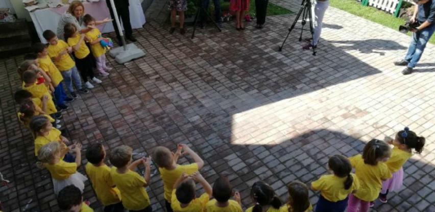 U bosanskokrupskom vrtiću svečano otvoreno igralište
