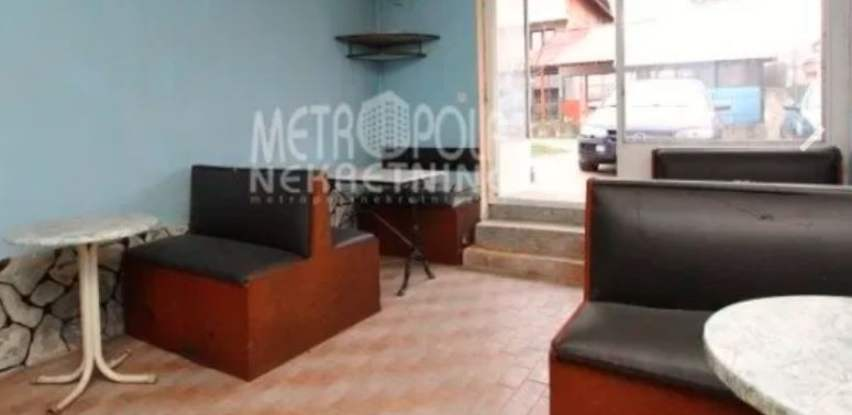 Prodaje se poslovni prostor sa parking mjestom na Dobrinji (Foto)