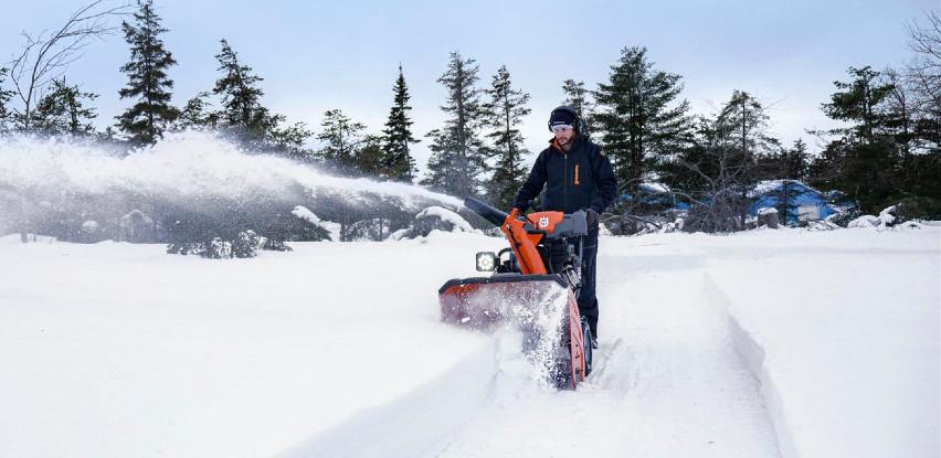 Uklanjanje snijega sa manje napora sa Husqvarna bacačima snijega
