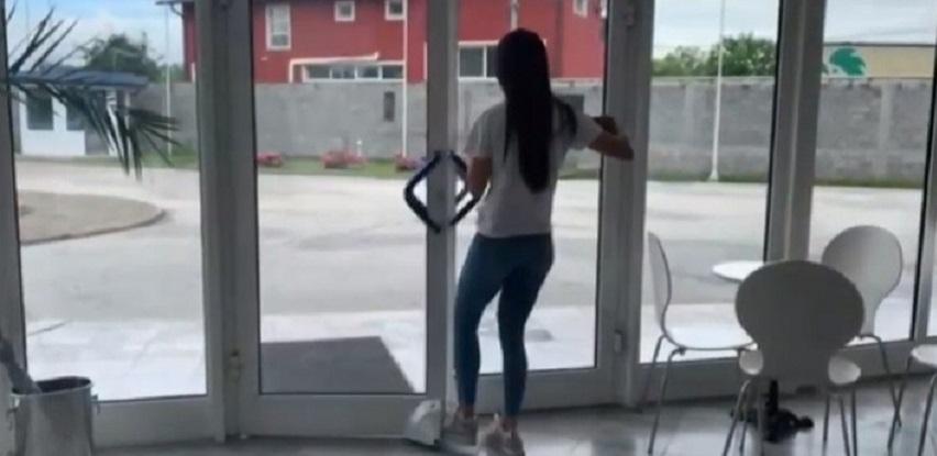DIAMANTO - Uređaj sa kojim bezbjedno i higijenski možete da otvarate vrata