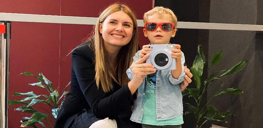 UniCredit Bank nagradila pobjednicu takmičenja 'Naj fotka!'