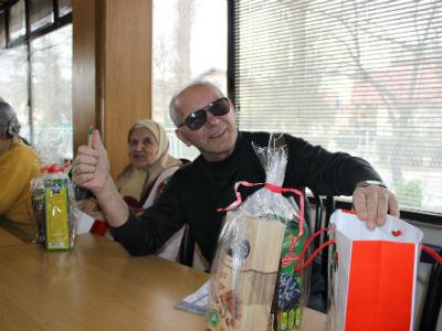 Lutrija BiH upriličila druženje za korisnike Doma za stare osobe
